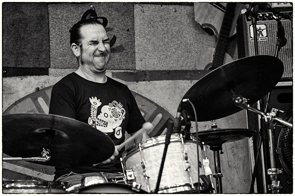 Piho Hupo beim Platzfestival 2013 — Michael Wassenberg — Ist das Kunst oder kann das weg?